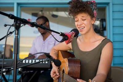 Eeef8f 20120824 chastity brown state fair3