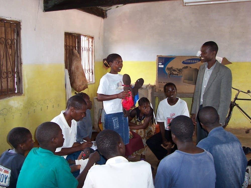 An AIDS education class