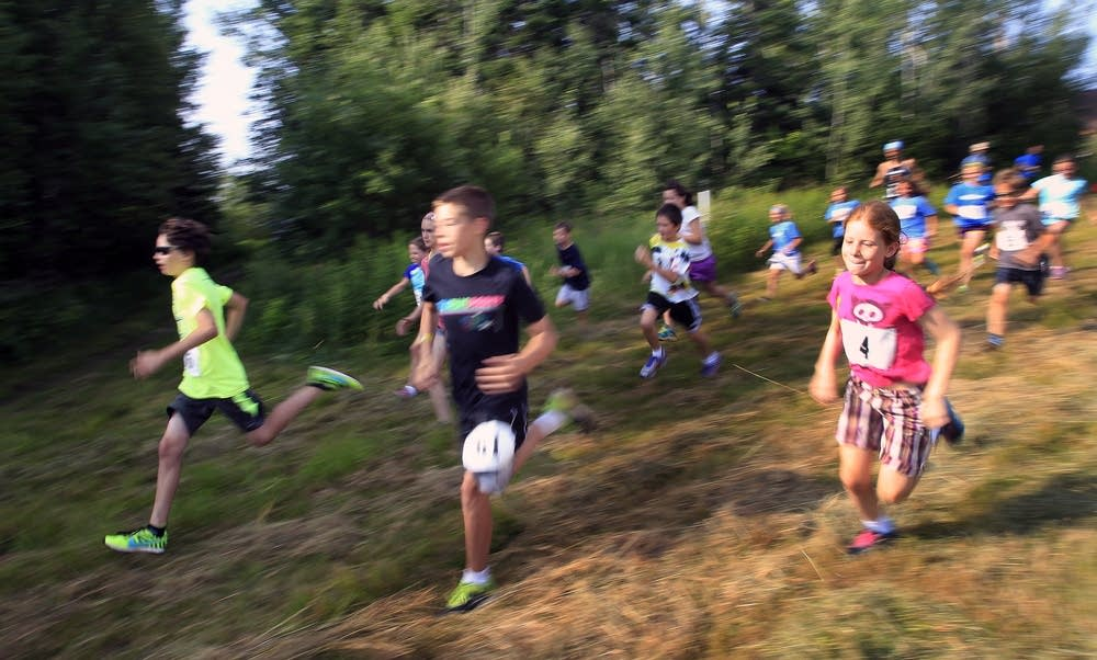 The 9-12 year olds take on the Picnic Trail run