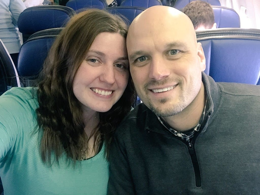 Rebecca and Mitch Slater on their flight in Chicago