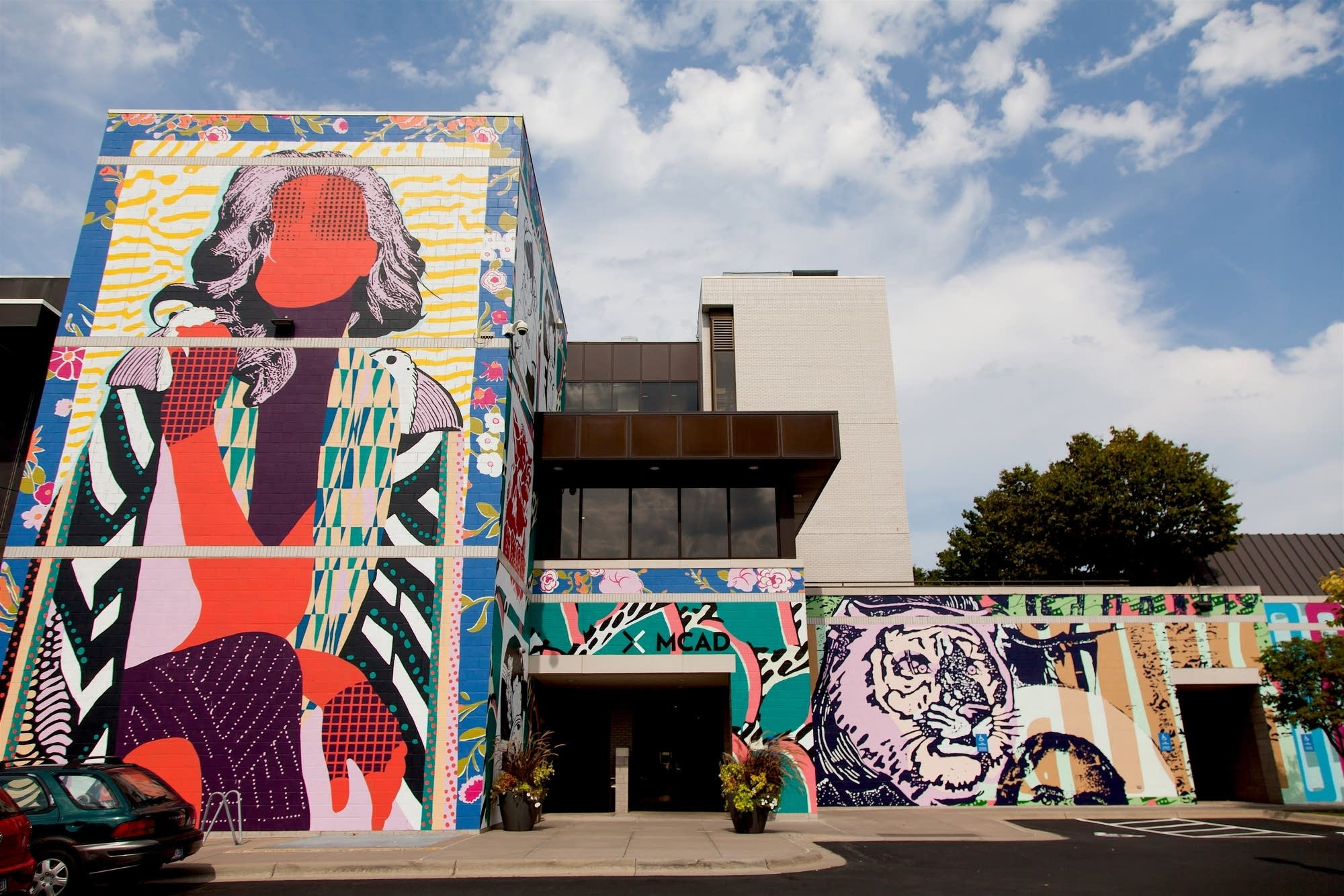 "FAILE's mural ""The Fragments of You and Me"""