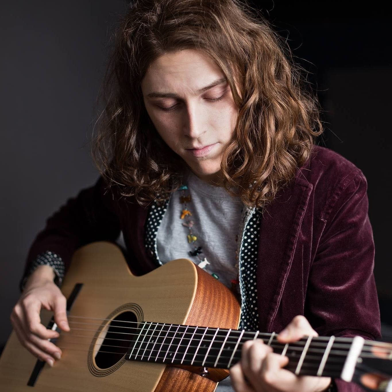 Nashville guitarist Daniel Donato