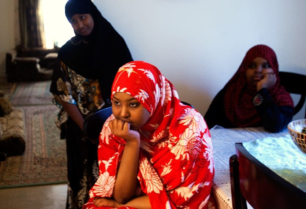Maryan Yusuf watches her mother cook