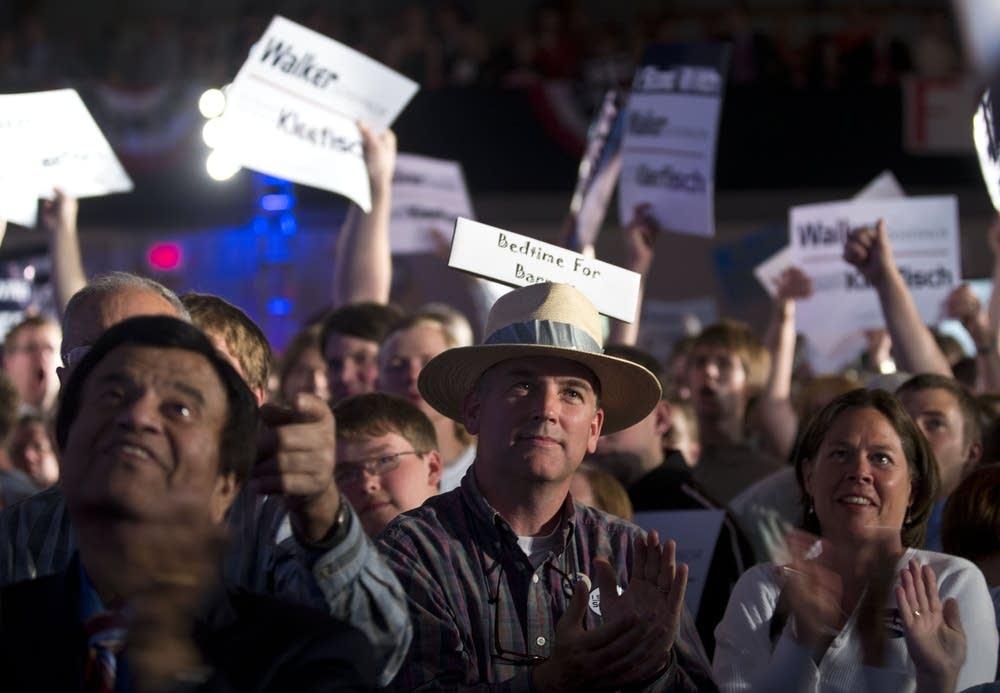 Scott Walker supporters