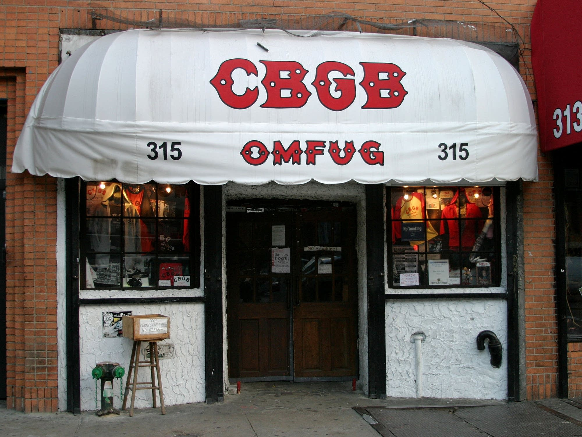 The exterior of CBGB as it appeared in 2003.