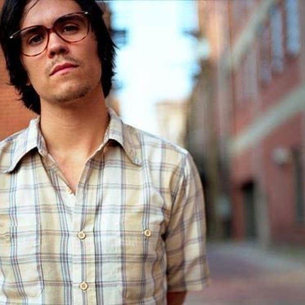 Singer / Songwriter Joshua James
