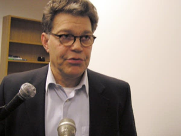 Franken announces he's running