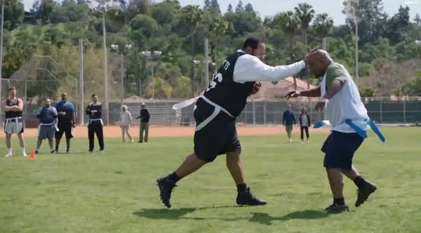 "Jerome Bettis in Geico's ""Flag Football"" commercial"