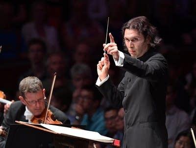 607608 20160805 vladimir jurowski conducting