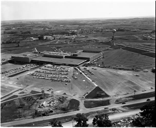 Southdale Center, 1956
