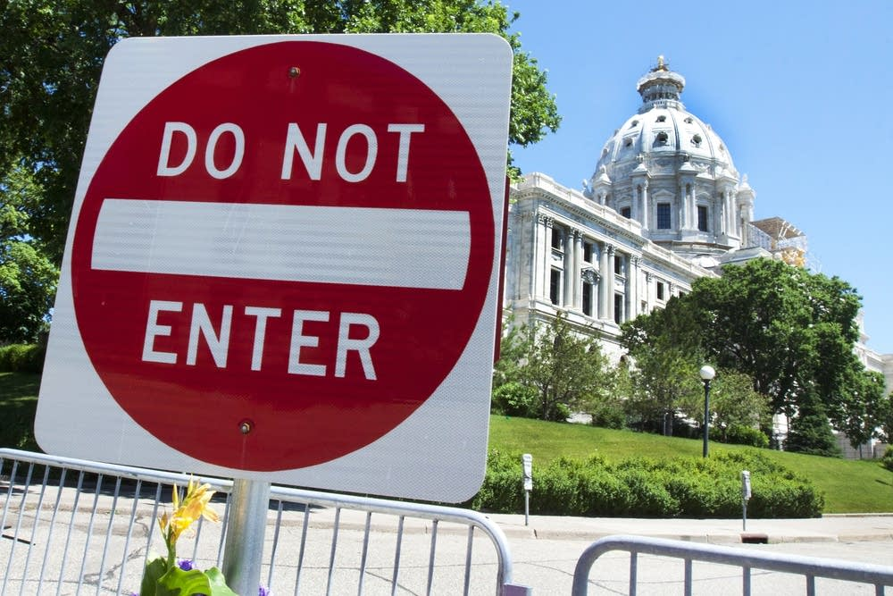 State shutdown