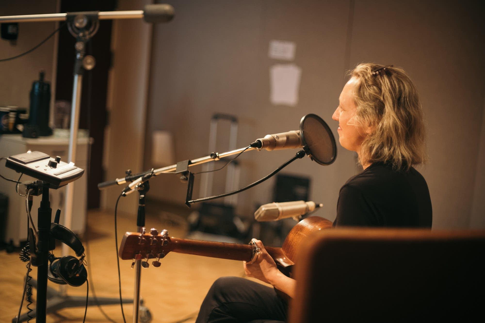 Ana Egge performs in the Radio Heartland studio