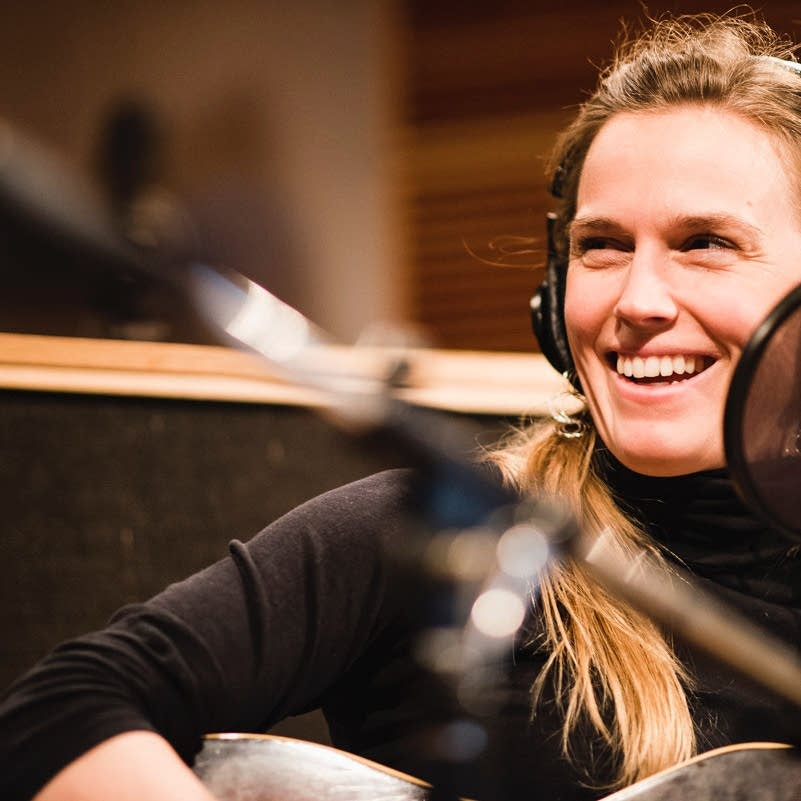 Caroline Cotter performs in the Radio Heartland studio