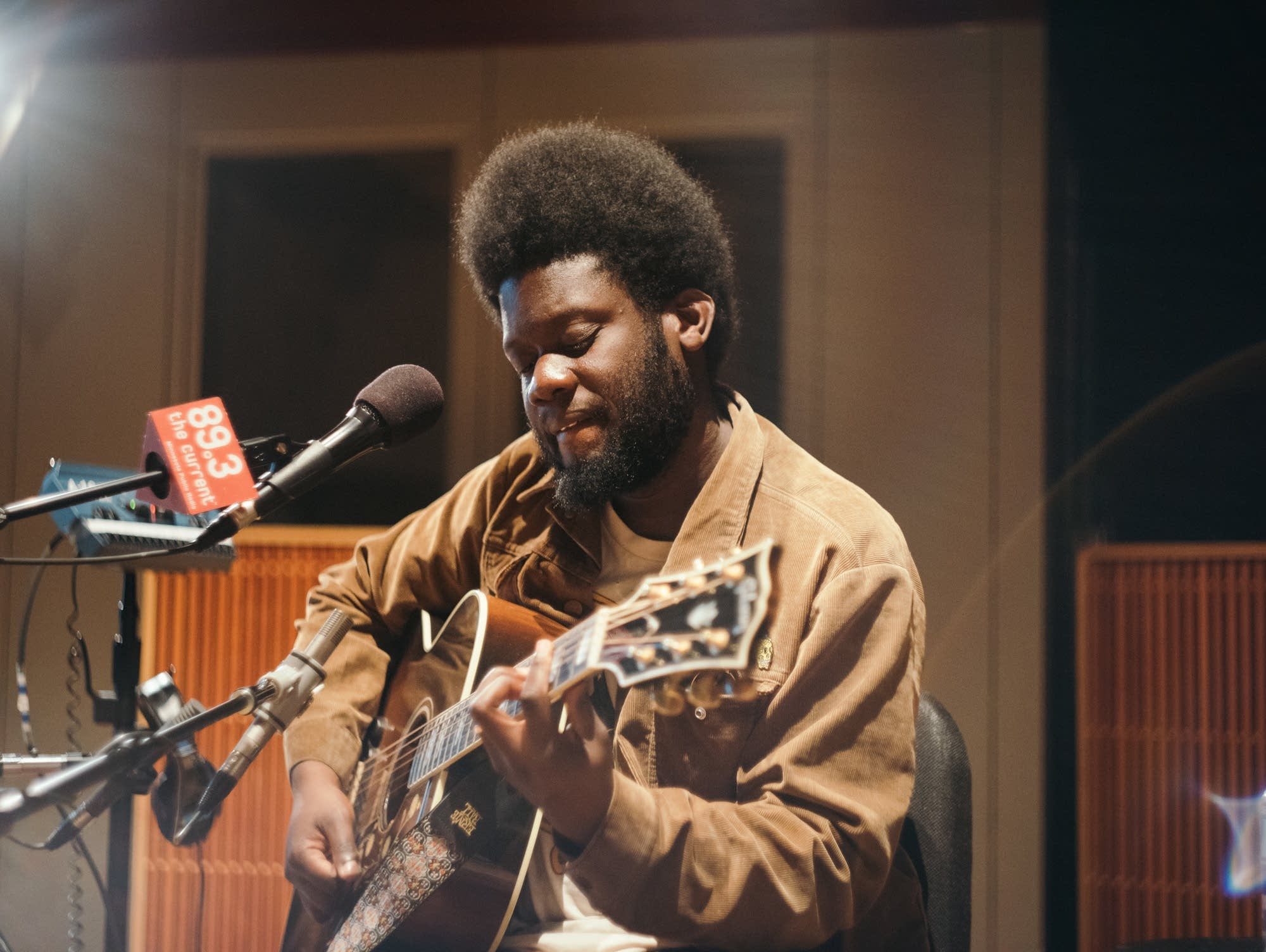 Michael Kiwanuka performs in The Current's studios