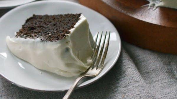 Dark Molasses Gingerbread Cake