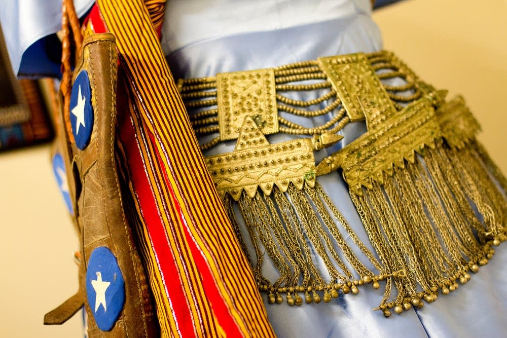 Somali clothing and jewelry