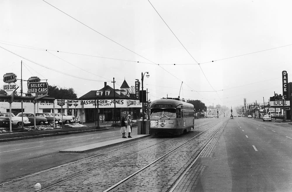 University Avenue streetcar