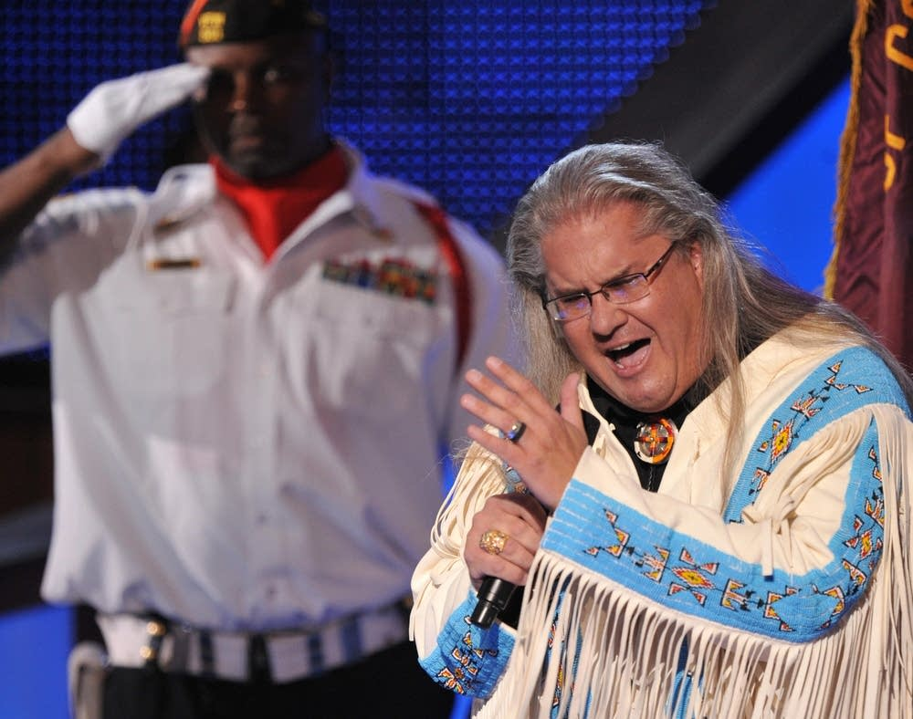 Robert Moore performs at the DNC on day 3