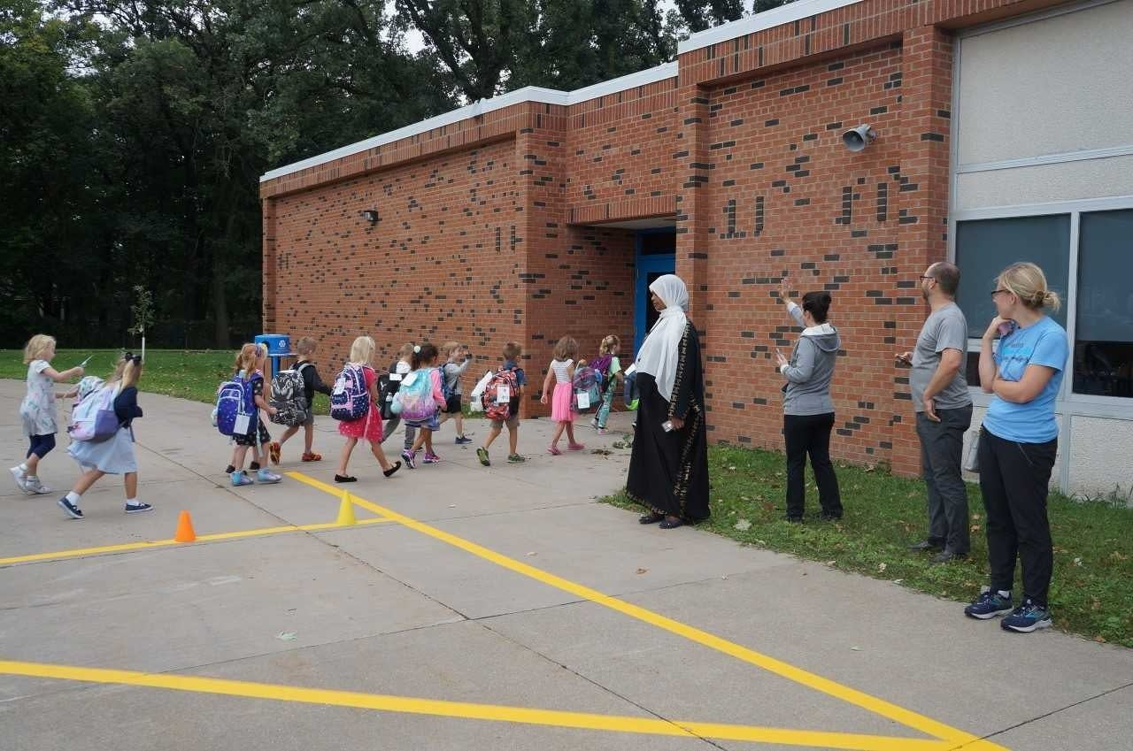 Kindergarten center welcomes students for the first day of