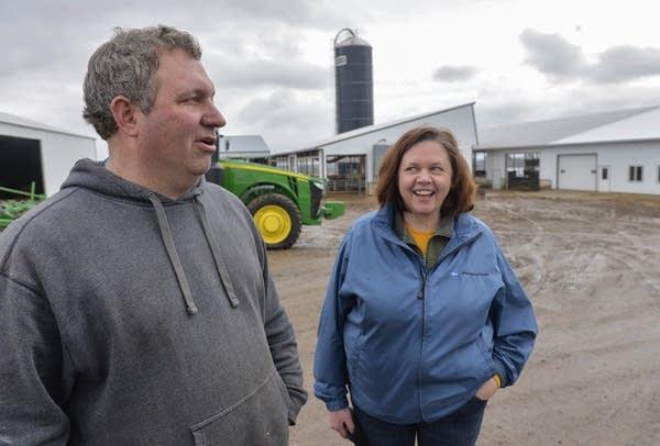 Farmers Rich and Marlys Janski