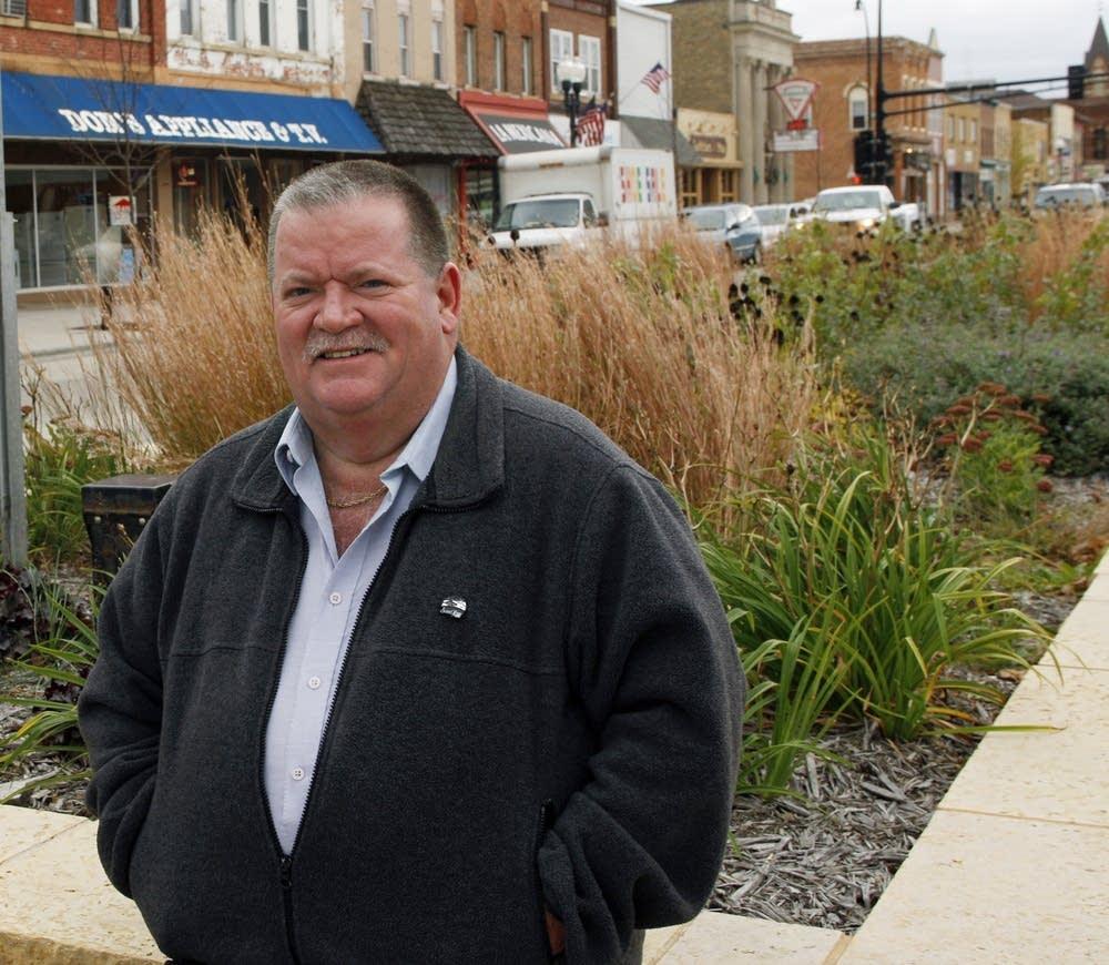St. Peter Mayor Tim Strand