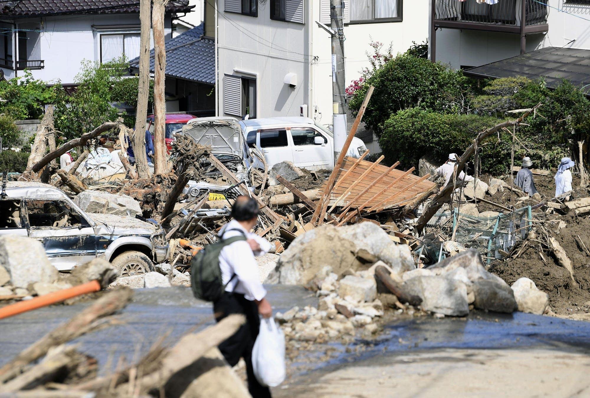 Картинки по запросу Japan floods