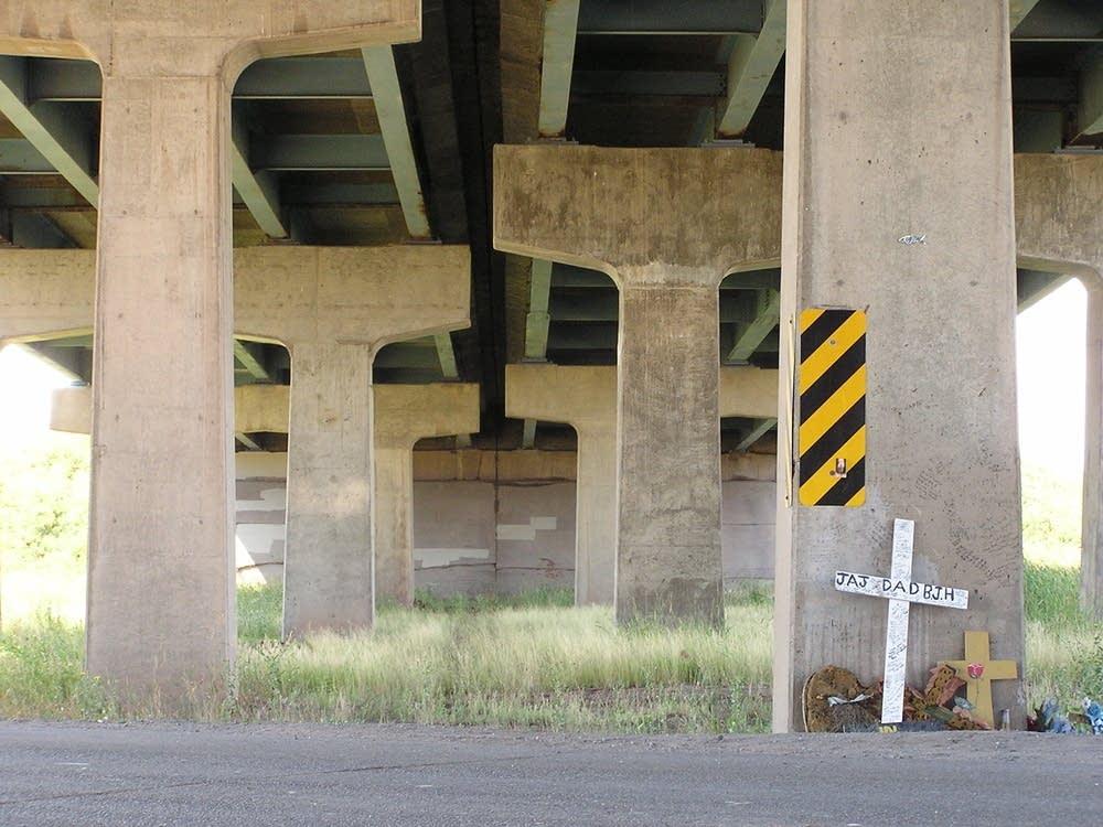 Accident memorial