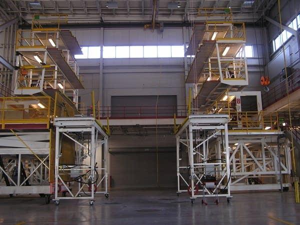 Plane maintenance facility