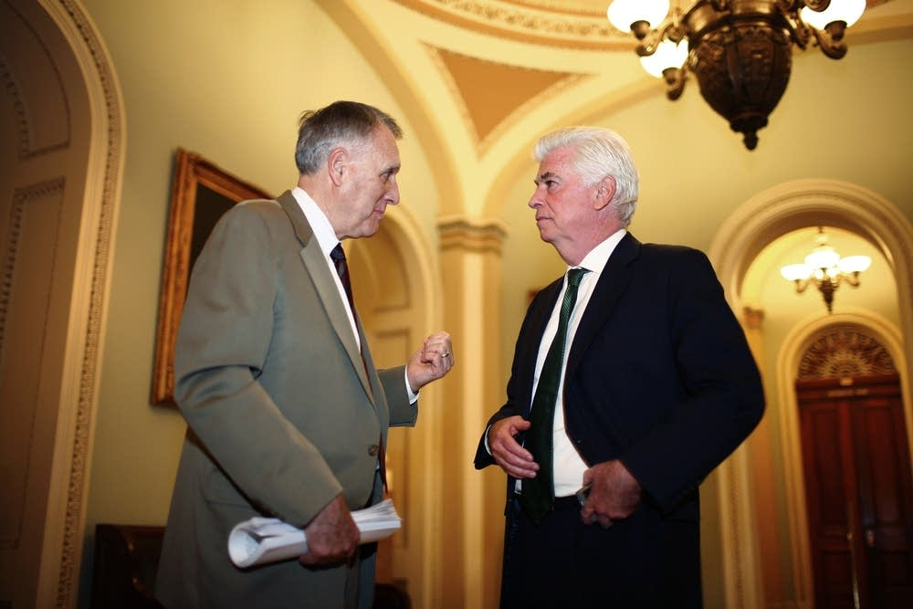 Congressional leaders work on bailout plan