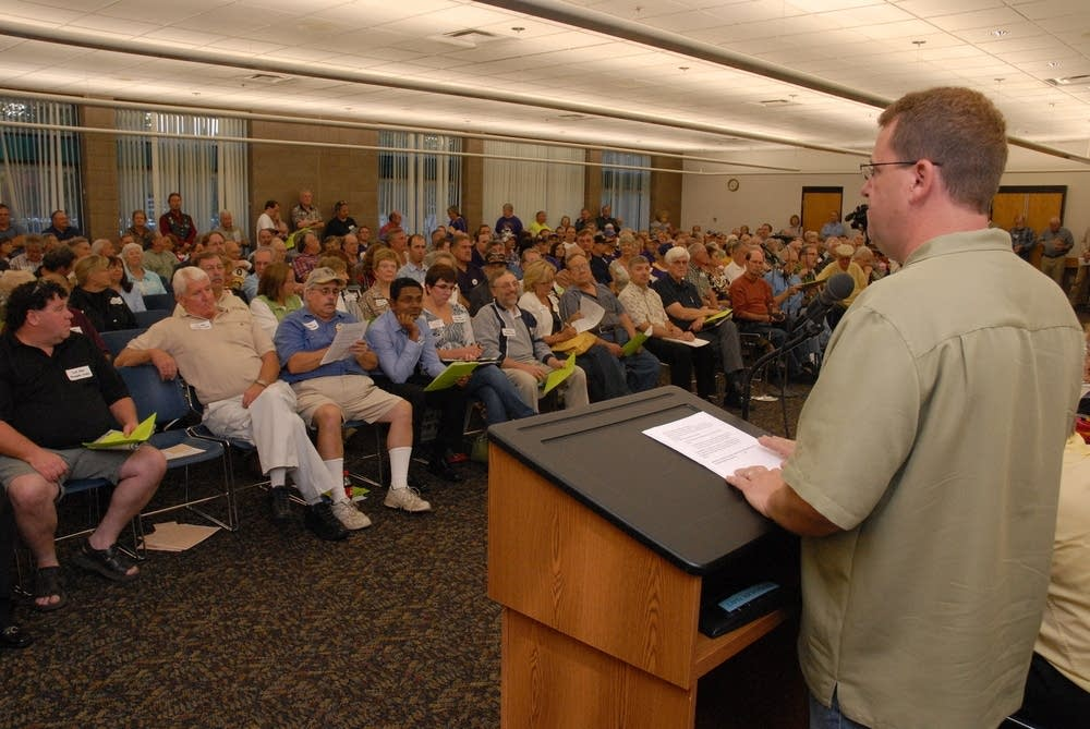 Richard Sonterre convened the public hearing