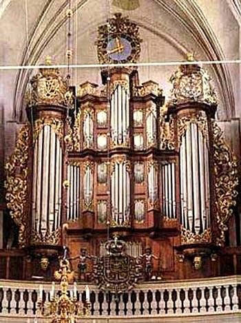 1929; 1993 Frobenius organ at Århus Domkirke [Sankt Clemens], Denmark