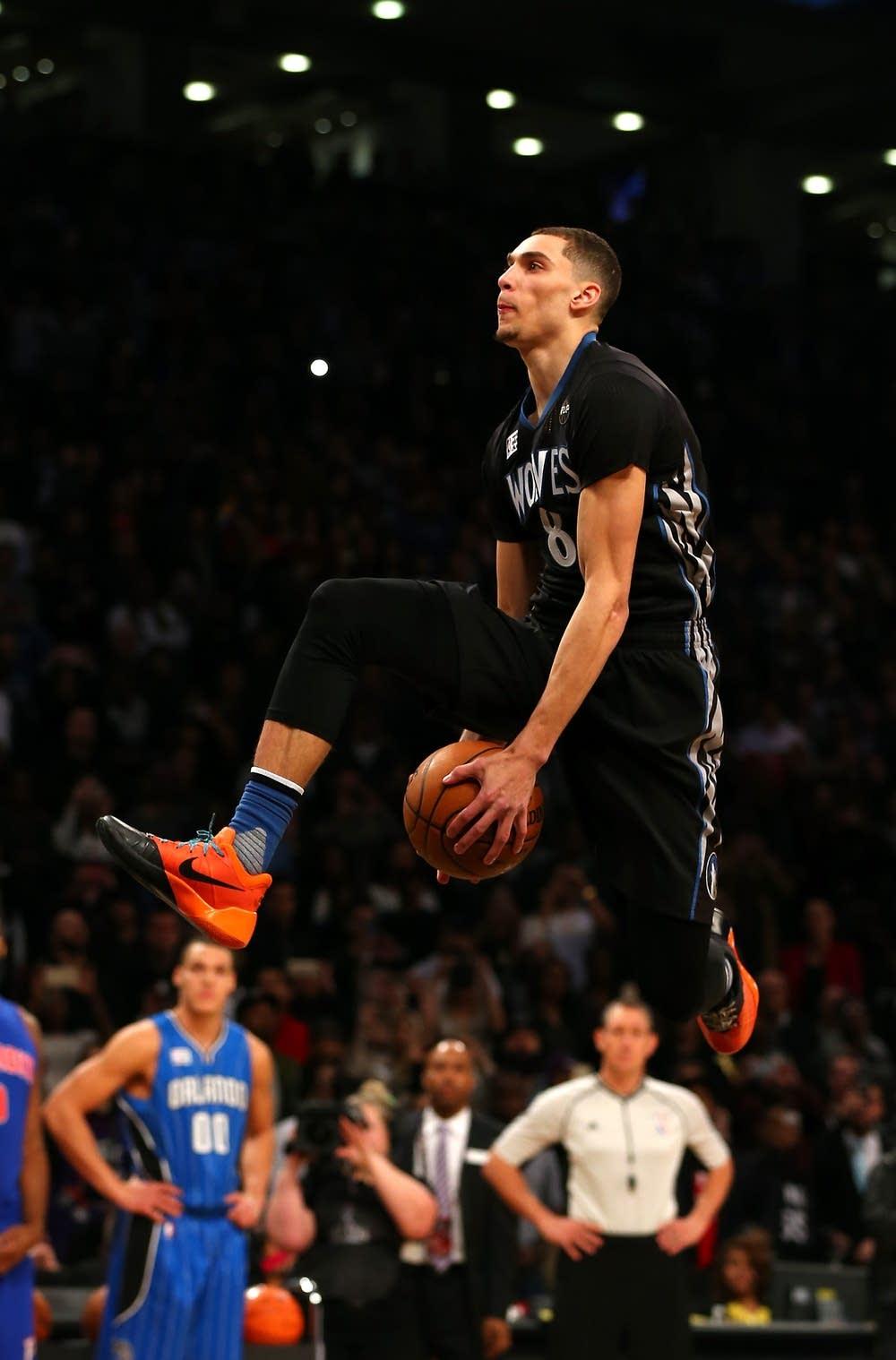 Minnesota's Zach LaVine wins dunk contest again   MPR News