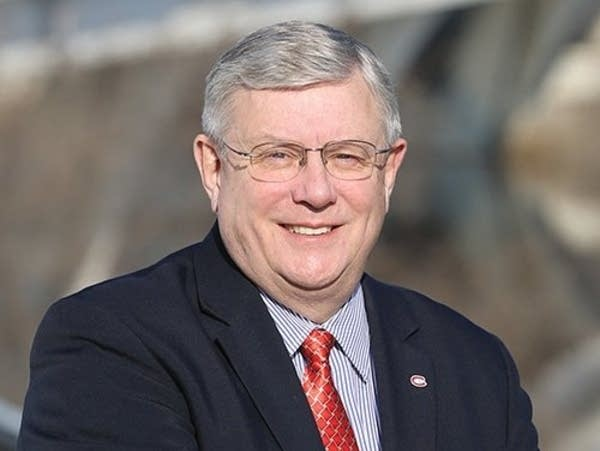 St. Cloud State President Earl Potter