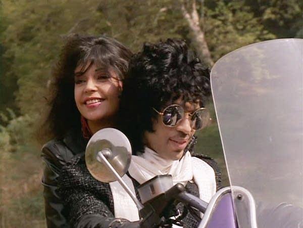 Prince and Apollonia in 'Purple Rain'