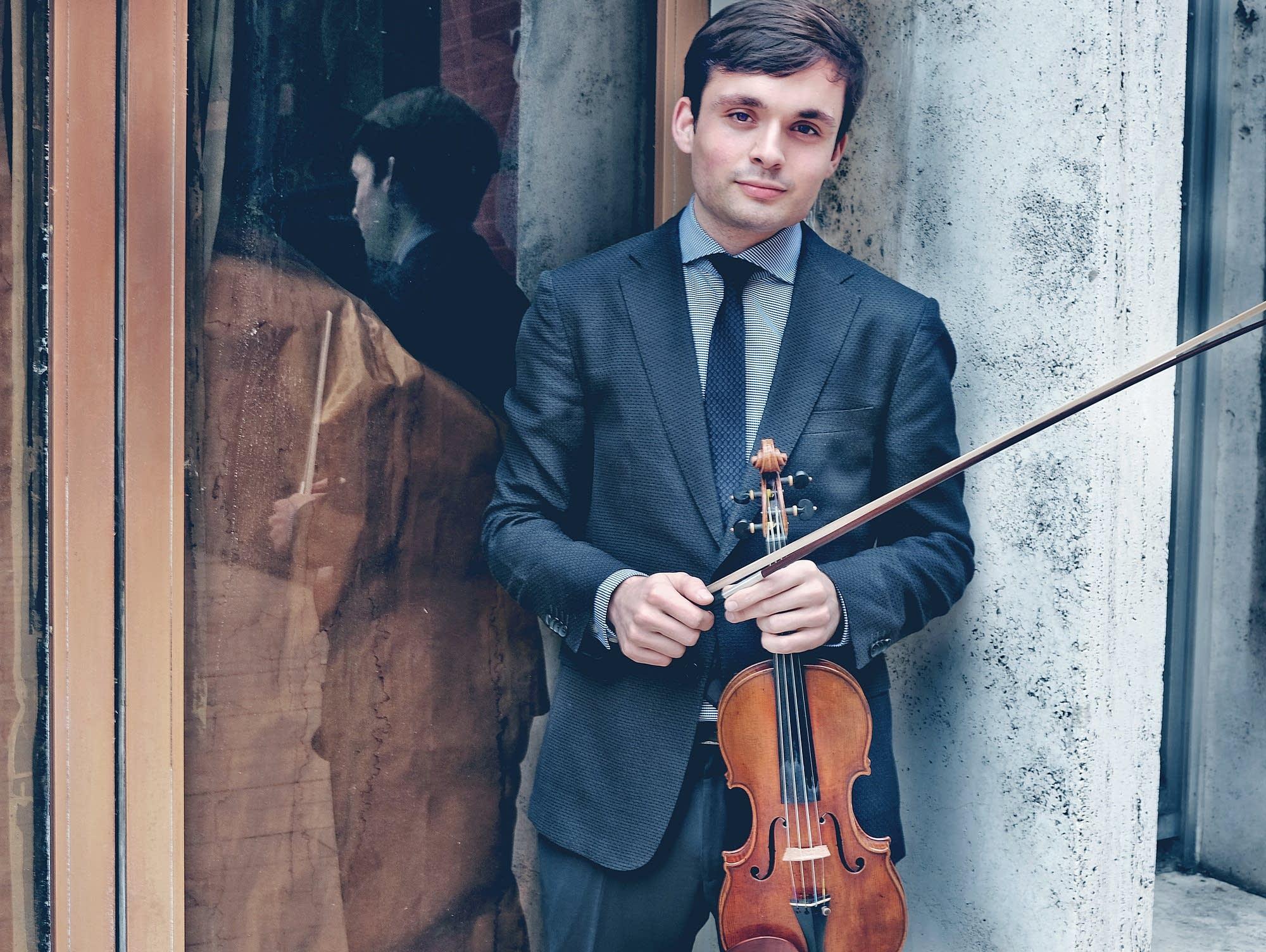 Violinist Francisco Fullana