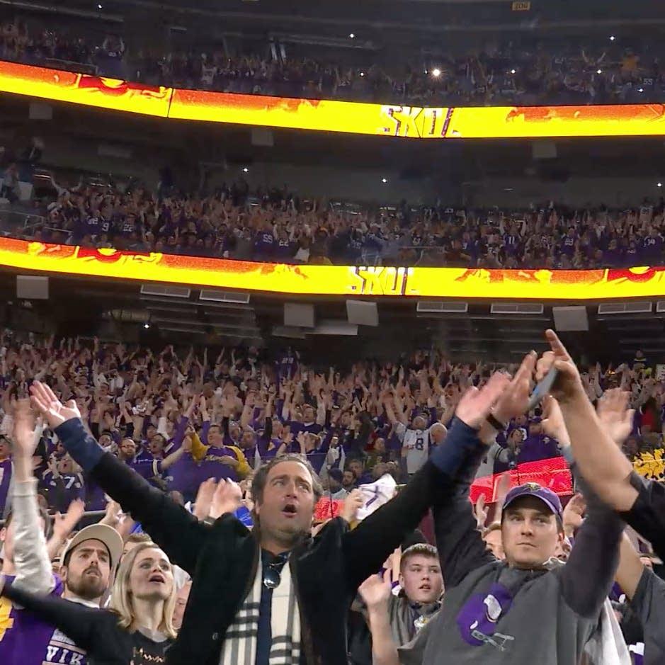 The Vikings 'skol' chant