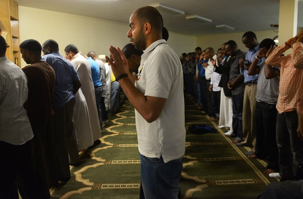 Mamdouh praying at Minnesota Da'Wah Institute