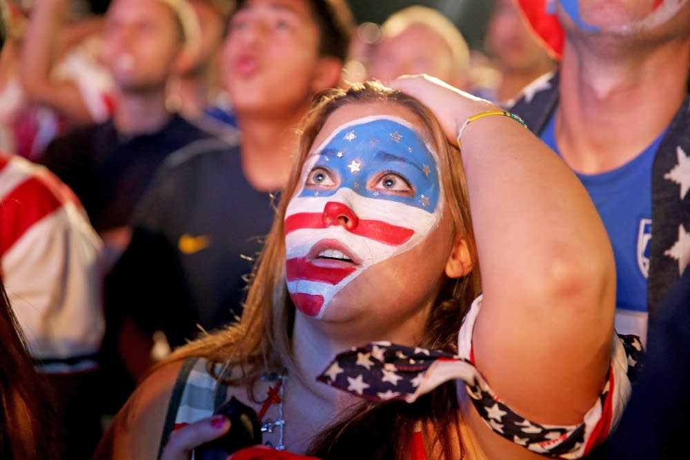 USA soccer fans react to Portugal scoring