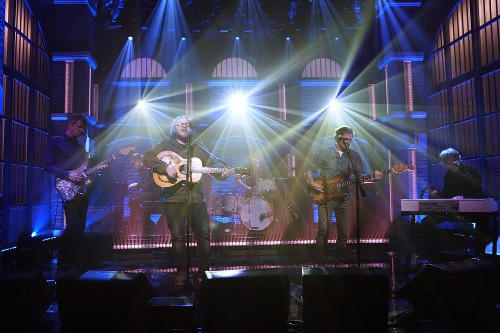 Wilco performing on 'Late Night with Seth Meyers'