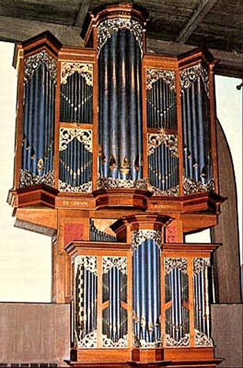 1976 Brombaugh organ at Central Lutheran Church, Eugene, OR