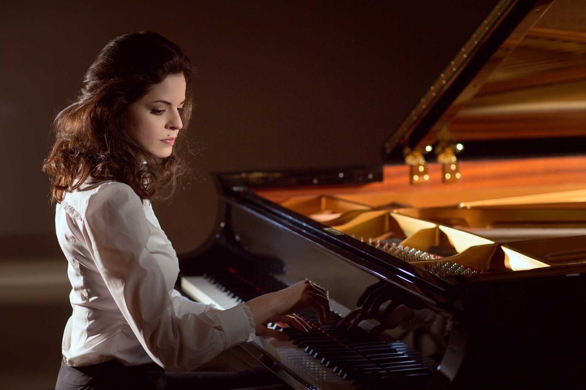Pianist Zlata Chochieva