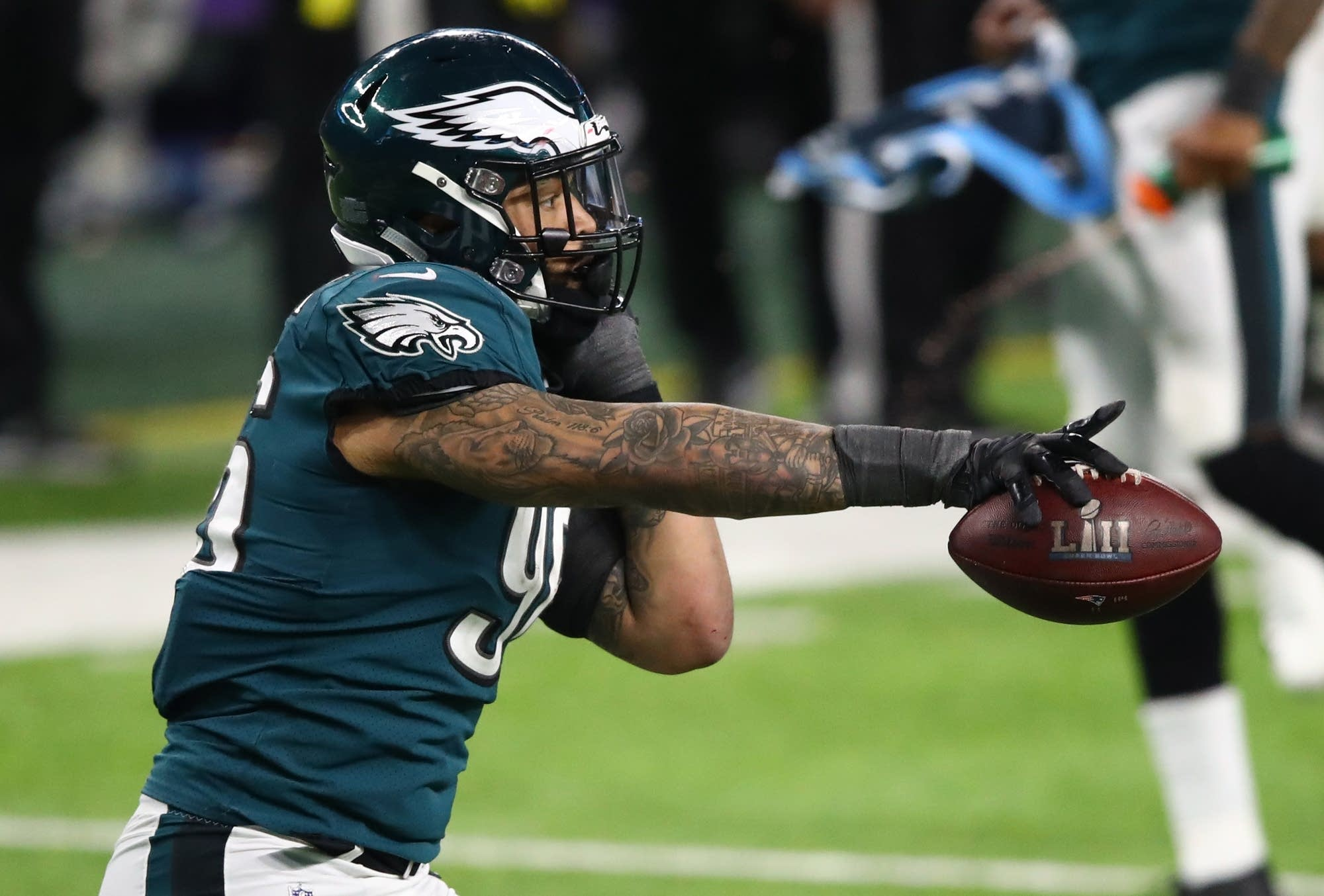 Derek Barnett  of the Philadelphia Eagles celebrates recovering a fumble.