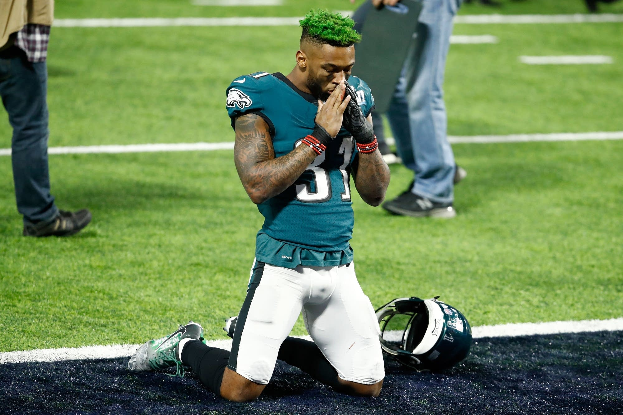 Jalen Mills of the Eagles celebrates after defeating the Patriots.