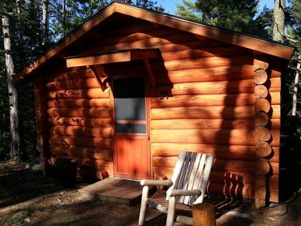 Burntside cabin 24