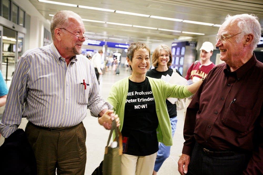 Erlinder arrives in Minnesota