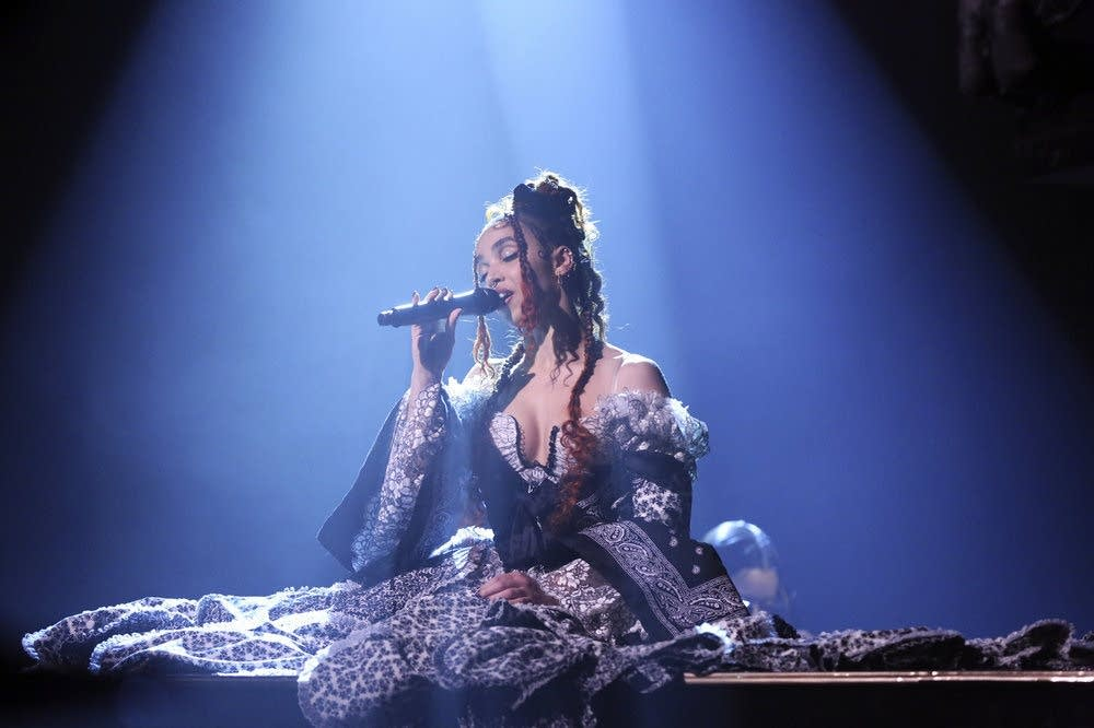FKA Twigs performing on 'The Tonight Show Starring Jimmy Fallon'