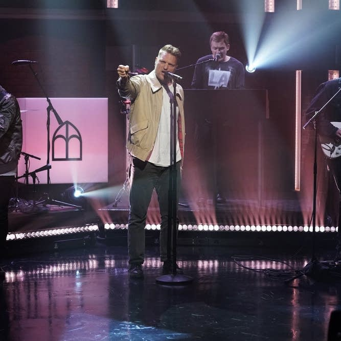Cold War Kids perform on 'Late Night with Seth Meyers'
