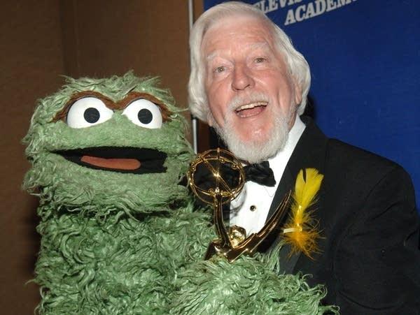 Caroll Spinney, with Oscar the Grouch