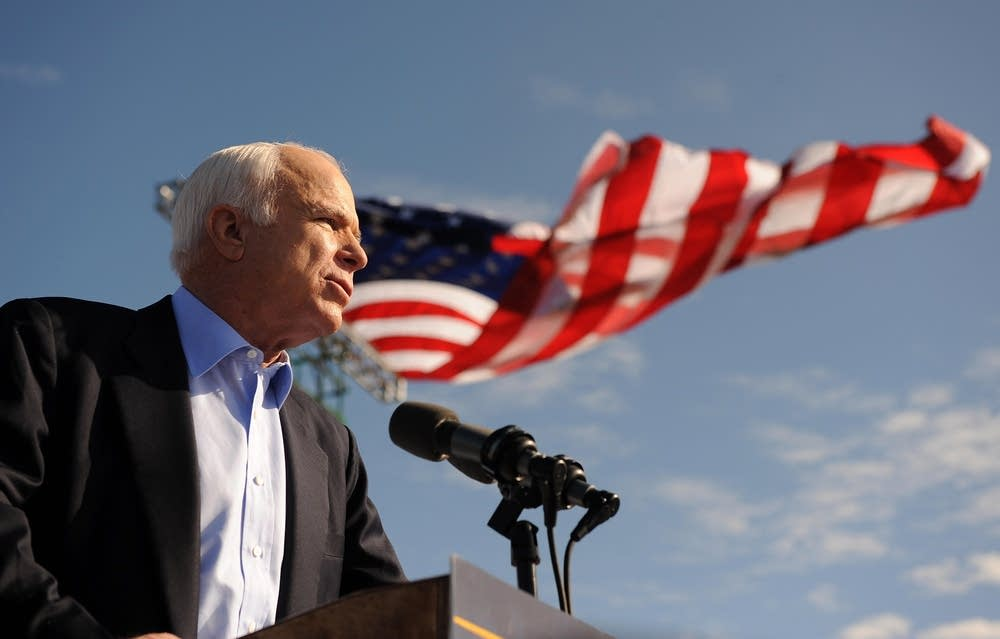 John McCain campaigns in highly-contested Florida