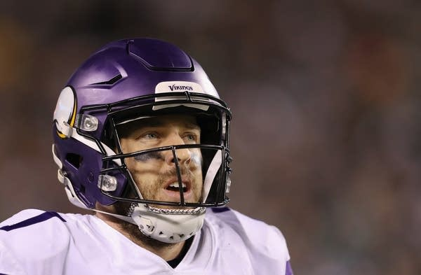 Case Keenum (7) of the Minnesota Vikings reacts during the second quarter.